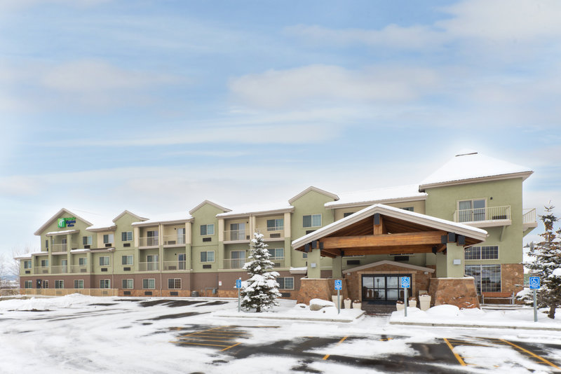 Holiday Inn Express Fraser - Winter Park Area-Hotel Exterior<br/>Image from Leonardo