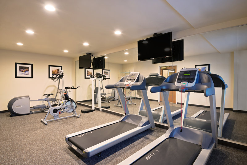 Holiday Inn Express Fraser - Winter Park Area-Workout in our spacious Fitness Center<br/>Image from Leonardo