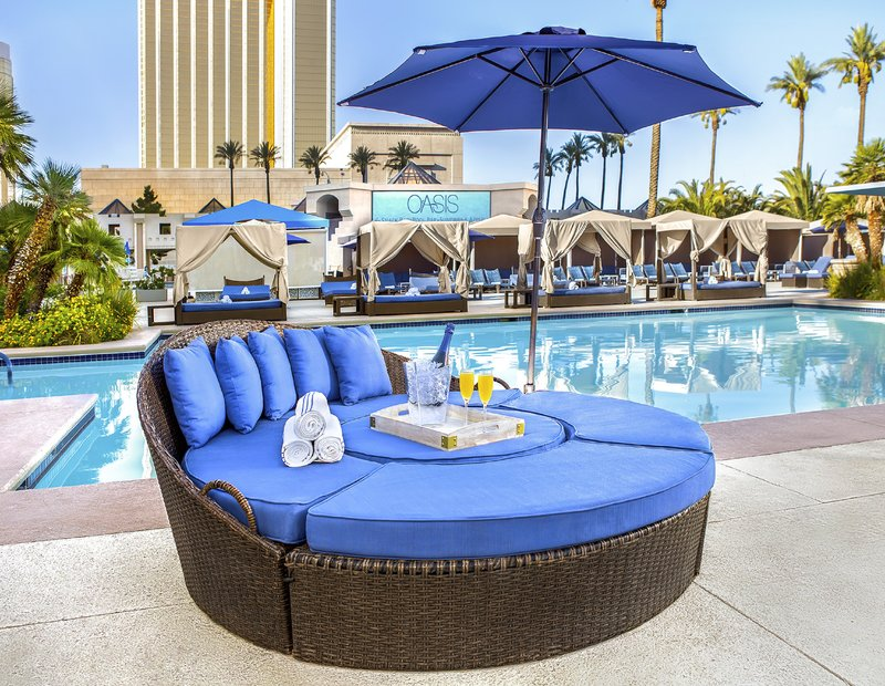 Luxor Resort and Casino-Daybed<br/>Image from Leonardo