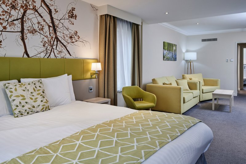 Holiday Inn Corby - Kettering A43-Executive Suite<br/>Image from Leonardo
