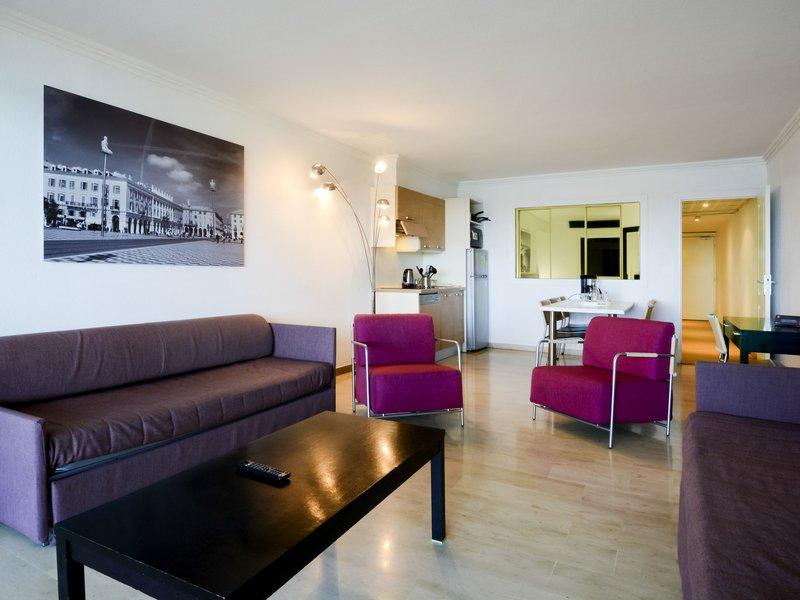 Adagio Nice Promenade des Anglais-Guest Room<br/>Image from Leonardo
