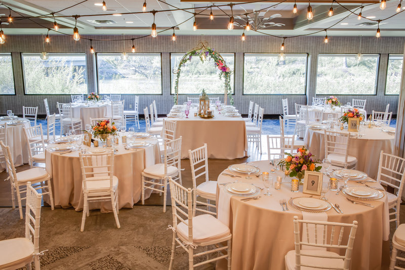 Holiday Inn Milwaukee Riverfront-Milwaukee Riverfront weddings are our specialty<br/>Image from Leonardo