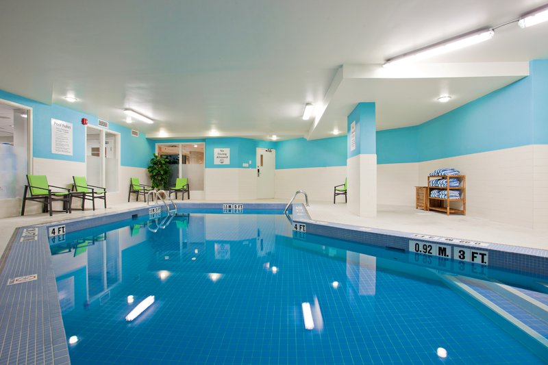 Holiday Inn Hotel & Suites Winnipeg-Downtown-Holiday Inn relaxing pool area<br/>Image from Leonardo