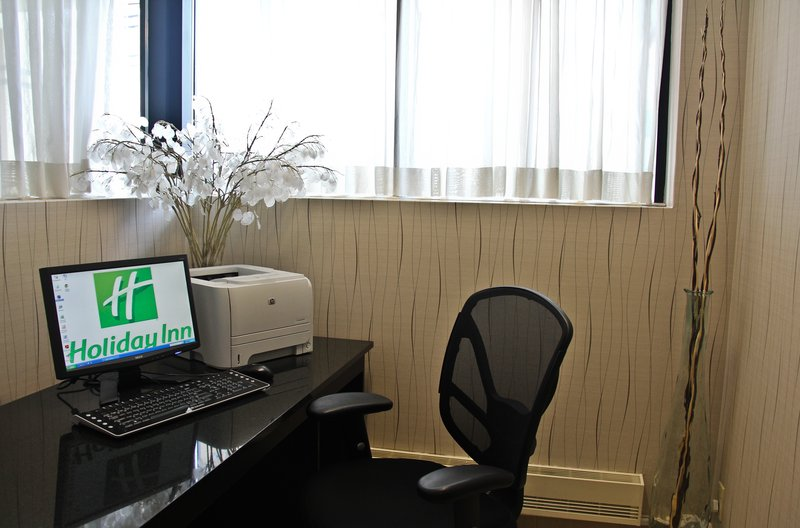 Holiday Inn Hotel & Suites Winnipeg-Downtown-Business Center<br/>Image from Leonardo