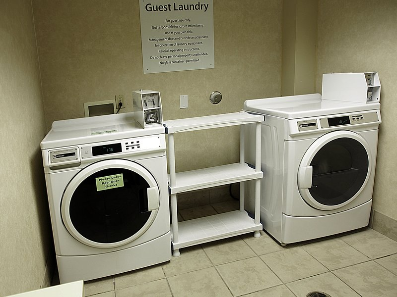 Holiday Inn Hotel & Suites Winnipeg-Downtown-Laundry Facility<br/>Image from Leonardo