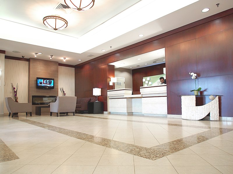 Holiday Inn Hotel & Suites Winnipeg-Downtown-Front Desk<br/>Image from Leonardo