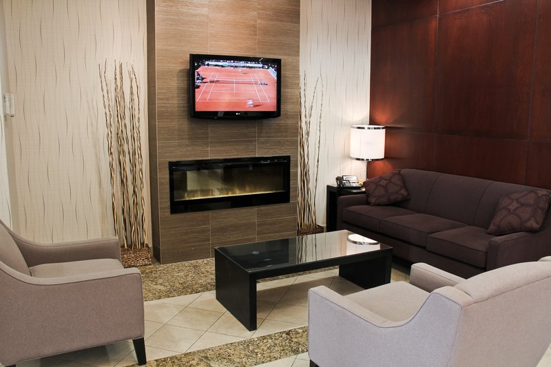 Holiday Inn Hotel & Suites Winnipeg-Downtown-Hotel Lobby<br/>Image from Leonardo
