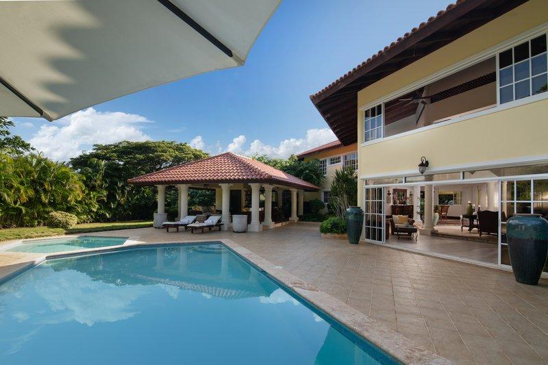 Casa De Campo - Los Pinos Classic Villa Pool <br/>Image from Leonardo