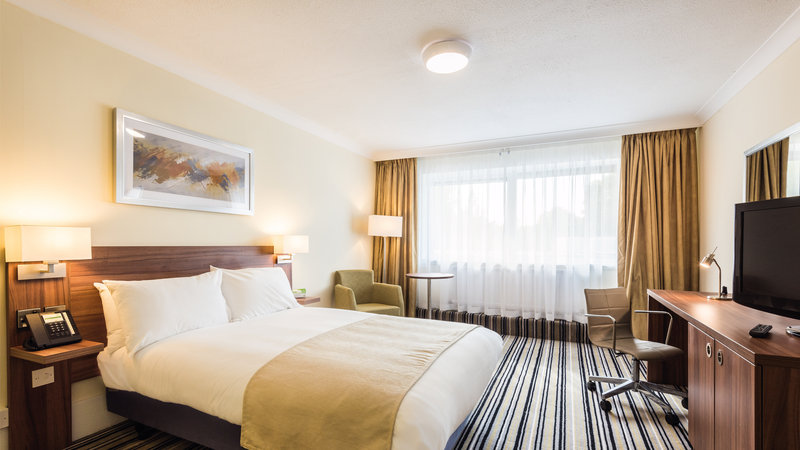 Holiday Inn Reading - West-Guest Room<br/>Image from Leonardo