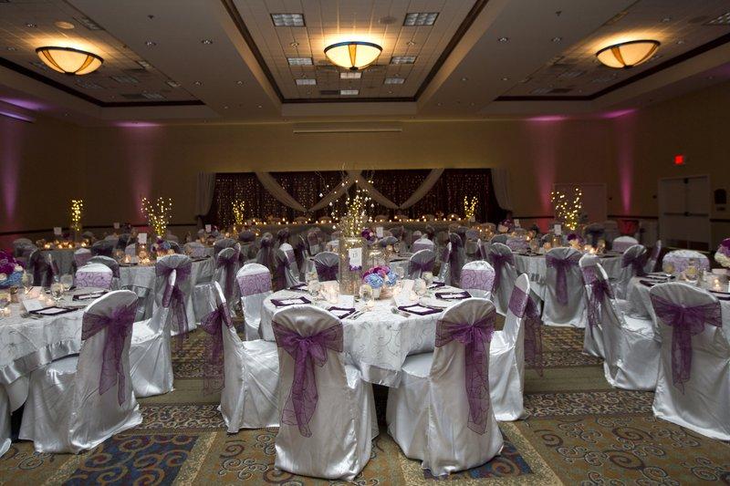 Holiday Inn Conference Center Marshfield-Ballroom - Wedding set up<br/>Image from Leonardo