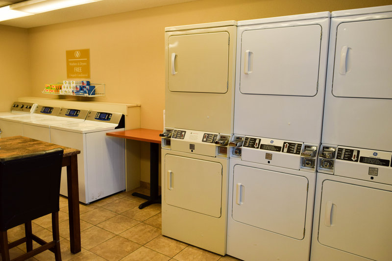 Candlewood Suites Wichita-Airport-Complimentary washers and dryers for your use!<br/>Image from Leonardo