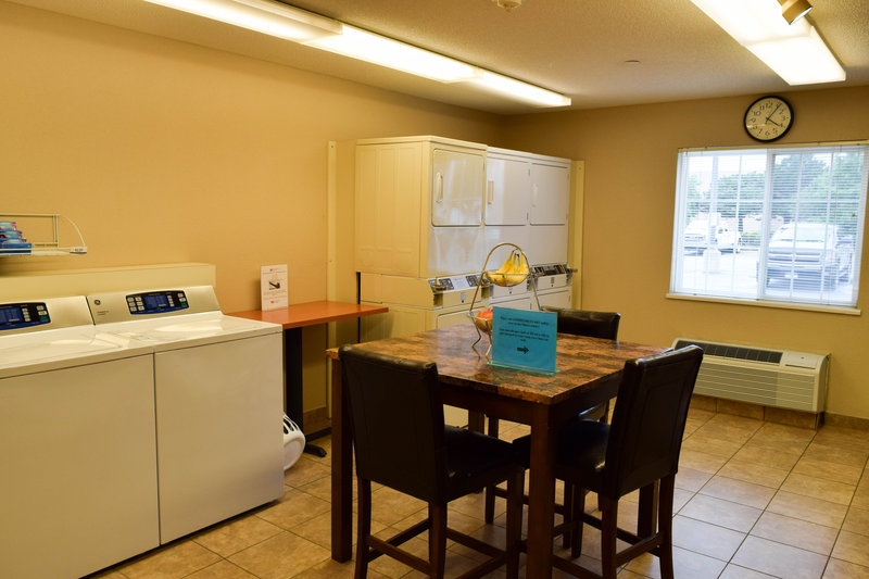 Candlewood Suites Wichita-Airport-Our complimentary laundry facilities are available 24/7!<br/>Image from Leonardo