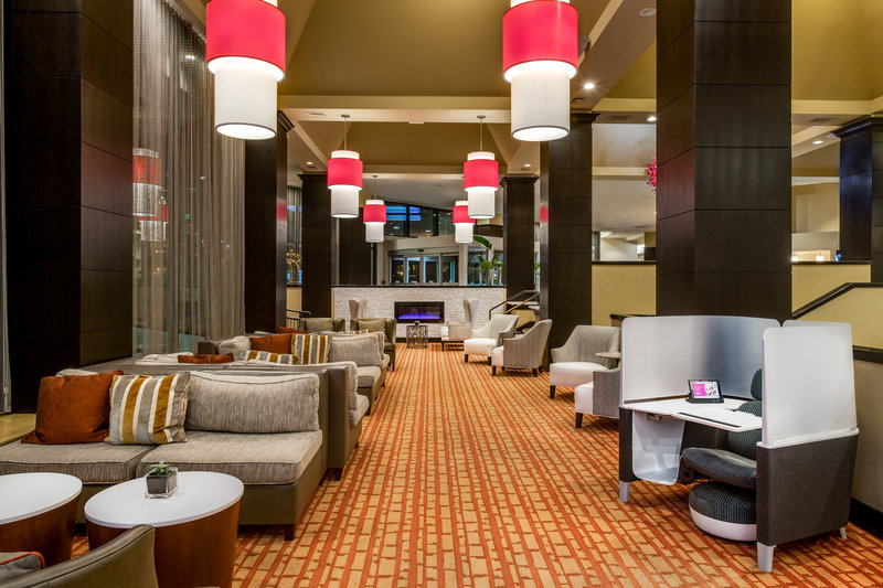 Crowne Plaza White Plains - Downtown-Lobby Lounge<br/>Image from Leonardo