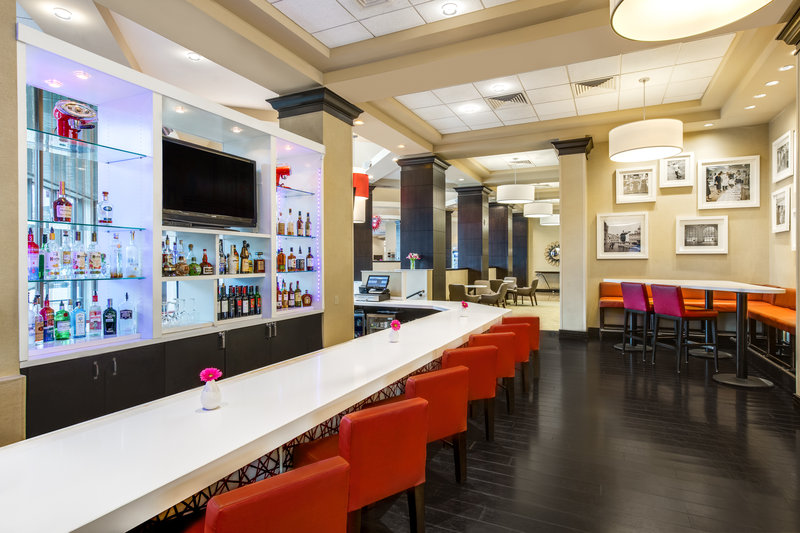 Crowne Plaza White Plains - Downtown-Mix Bar<br/>Image from Leonardo
