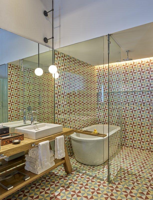 Live Aqua San Miguel Allende-Guestroom Bathroom<br/>Image from Leonardo