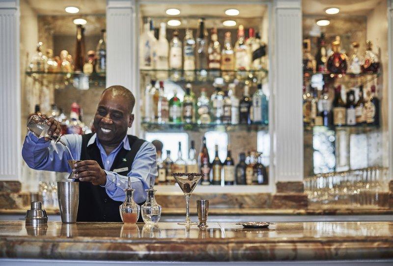 Ocean Club, A Four Seasons Resort, Bahamas-Martini Bar & Lounge<br/>Image from Leonardo