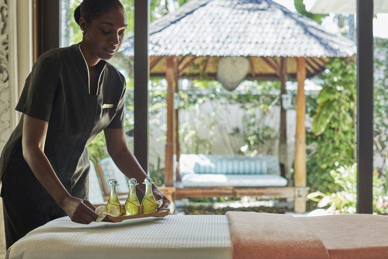 Ocean Club, A Four Seasons Resort, Bahamas-Spa Room and Treatment<br/>Image from Leonardo