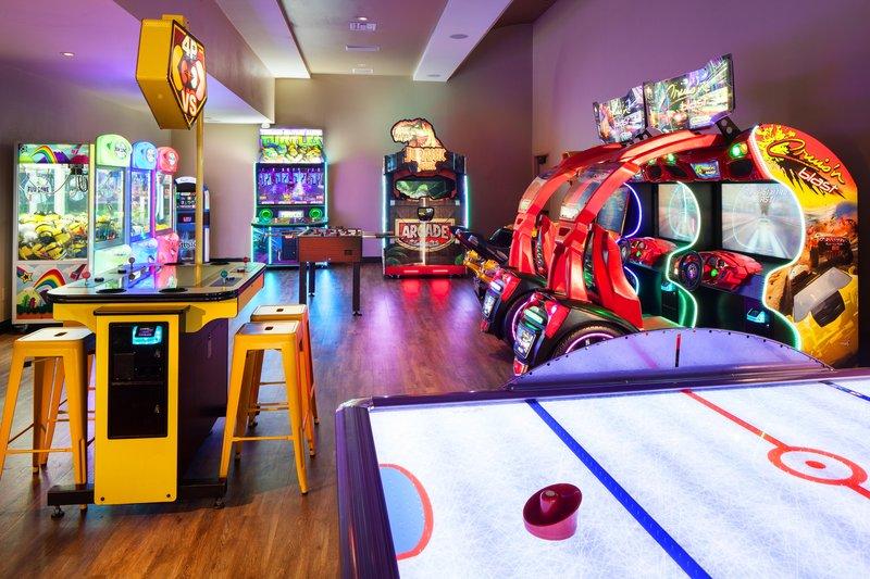 Westin Mission Hills Golf Resort-The Hideaway Arcade<br/>Image from Leonardo