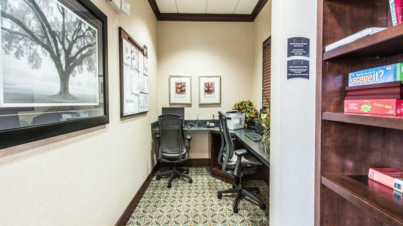 Staybridge Suites Wilmington-Business Center<br/>Image from Leonardo