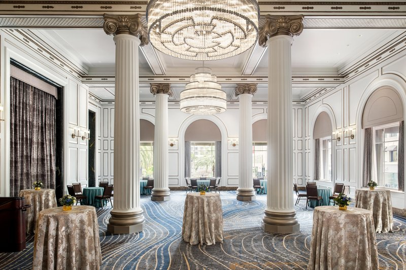 The Westin St. Francis - Colonnade <br/>Image from Leonardo