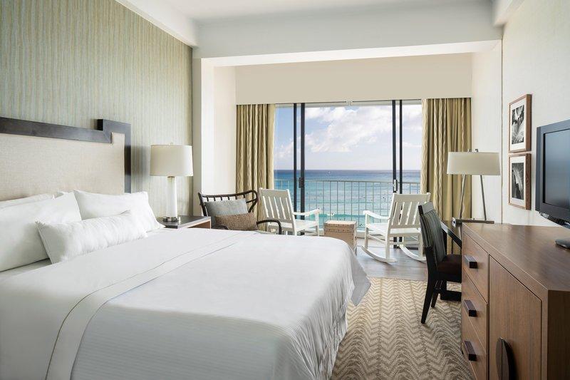 Moana Surfrider, A Westin Resort & Spa, Waikiki Beach - King Diamond Oceanfront Guest Room <br/>Image from Leonardo