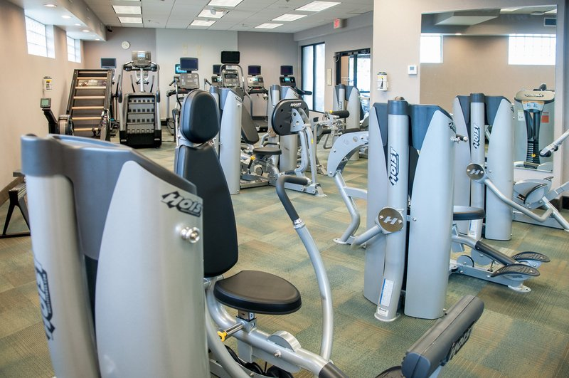 Crowne Plaza Executive Center Baton Rouge-We provide fitness equipment for every type of workout.<br/>Image from Leonardo