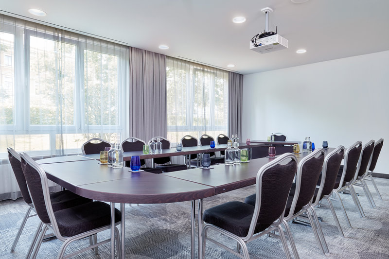 CROWNE PLAZA HAMBURG CITY ALSTER-Meeting Room<br/>Image from Leonardo
