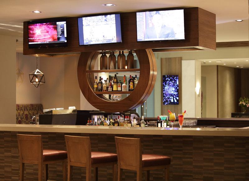 Crowne Plaza Panama Airport-Lobby Bar at Panama Hotel Crowne Plaza Airport<br/>Image from Leonardo