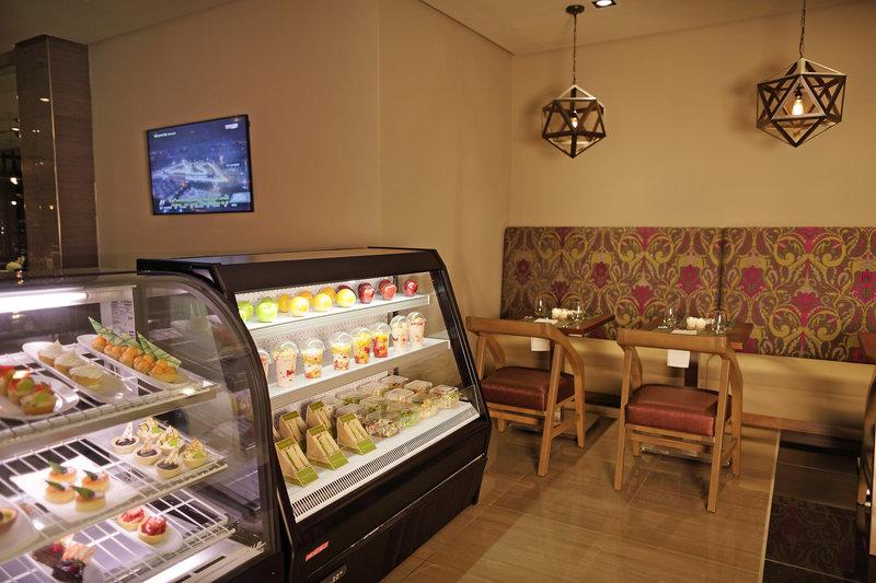 Crowne Plaza Panama Airport-Café<br/>Image from Leonardo