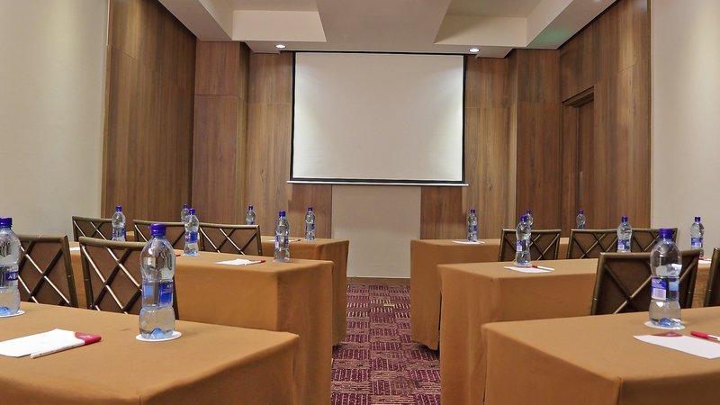 Crowne Plaza Panama Airport-Meeting Room at the Hotel Crowne Plaza Airport Panama<br/>Image from Leonardo