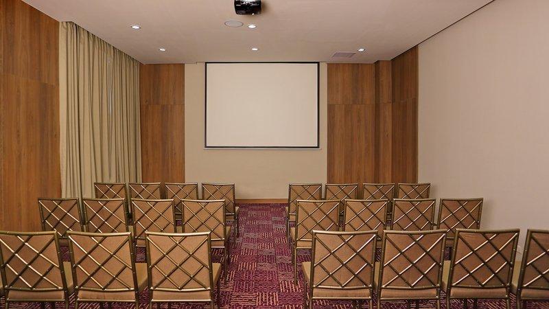 Crowne Plaza Panama Airport-Meeting Room at the Crowne Plaza Airport Panama Hotel<br/>Image from Leonardo