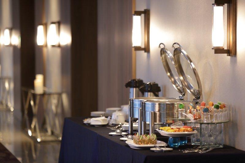 Crowne Plaza Panama Airport-Banquet Buffet at the Crowne Plaza Panama Airport<br/>Image from Leonardo