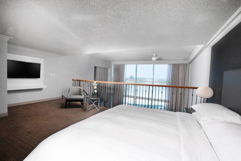 Marriott Niagara Falls on the Falls-Grand Presidential Suite - Loft Bedroom<br/>Image from Leonardo