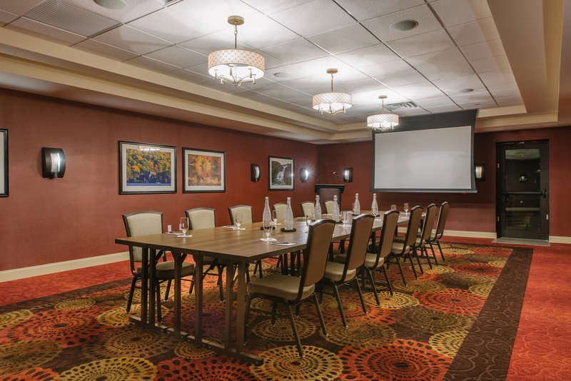 Holiday Inn Mt. Kisco-Cisqua East for your next board meeting or team building session!<br/>Image from Leonardo