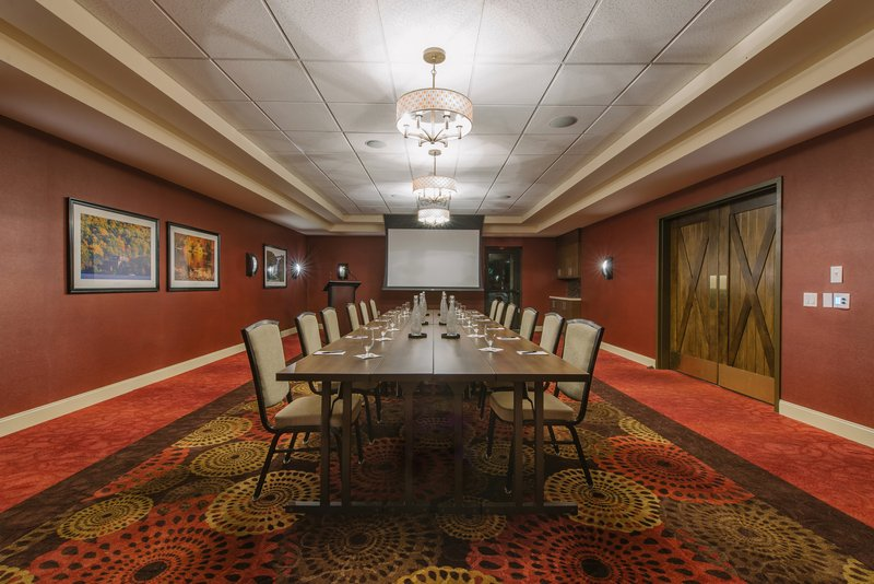 Holiday Inn Mt. Kisco-Cisqua East set for your next board meeting!<br/>Image from Leonardo