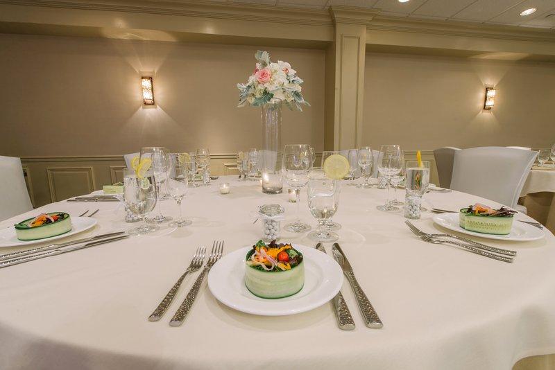 Holiday Inn Mt. Kisco-A table set for a grand affair<br/>Image from Leonardo