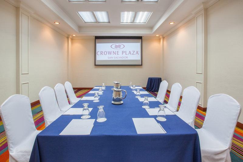 Crowne Plaza San Salvador-Izalco Meeting Room<br/>Image from Leonardo