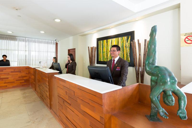 Crowne Plaza San Salvador-Front Desk<br/>Image from Leonardo