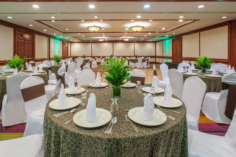 Crowne Plaza San Salvador-Jade Meeting Room<br/>Image from Leonardo