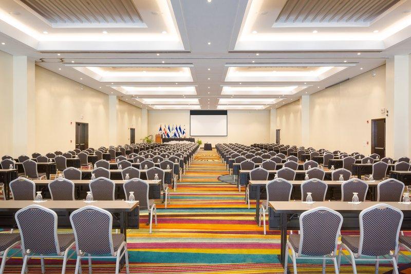 Crowne Plaza San Salvador-Conference Room Pacifico<br/>Image from Leonardo