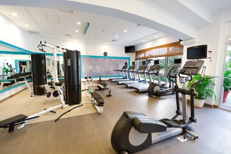 Crowne Plaza San Salvador-Fitness Center<br/>Image from Leonardo