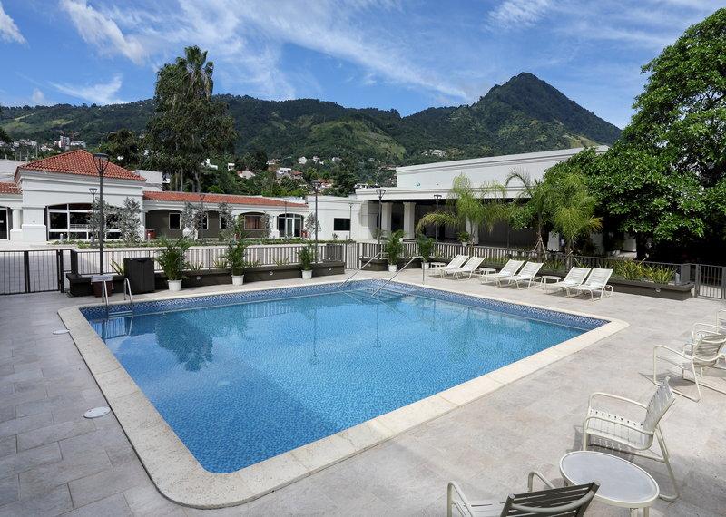 Crowne Plaza San Salvador-Outdoor Pool<br/>Image from Leonardo
