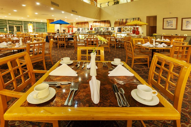 Crowne Plaza Torreon-Savor local flavors at Mesa Restaurante<br/>Image from Leonardo