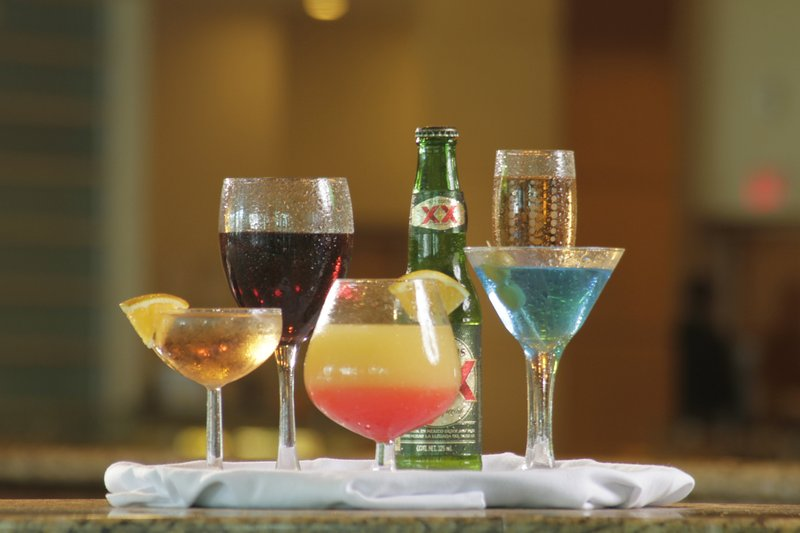 Crowne Plaza Torreon-Bar and Lounge<br/>Image from Leonardo