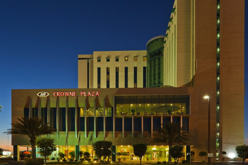 Crowne Plaza Torreon-Hotel Exterior at Night<br/>Image from Leonardo