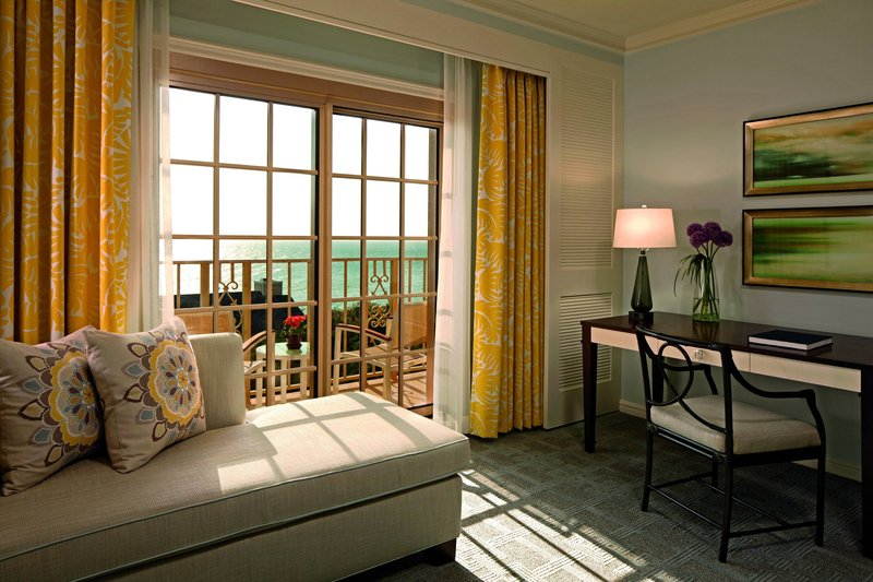 The Ritz-Carlton Naples - Guest Room - Detail <br/>Image from Leonardo