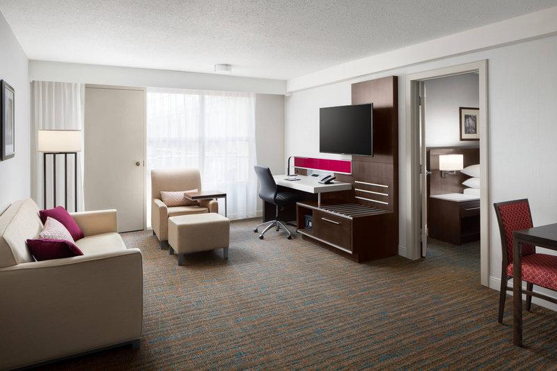 Delta Hotel Calgary South-Sofa Bed<br/>Image from Leonardo