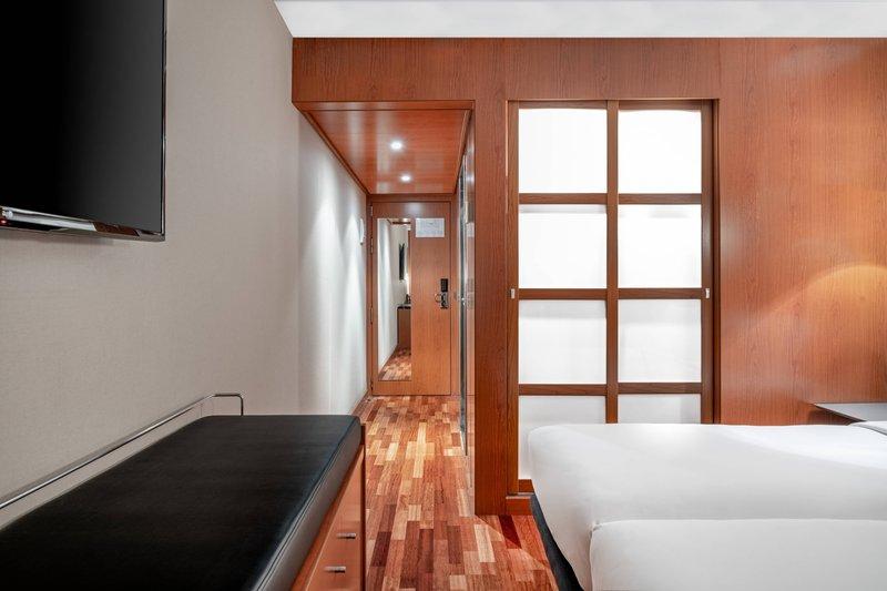 AC La Rioja-Twin/Twin Superior Guest Room<br/>Image from Leonardo