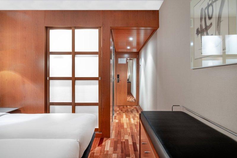 AC La Rioja-Twin/Twin Guest Room<br/>Image from Leonardo