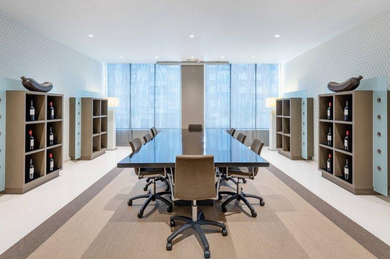AC La Rioja-Consejo Meeting Room<br/>Image from Leonardo